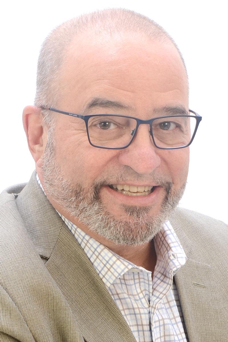 Dr Barry Raphael